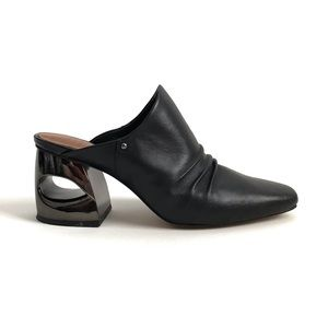 H by Halston Kelsey Slip On Heels size 8